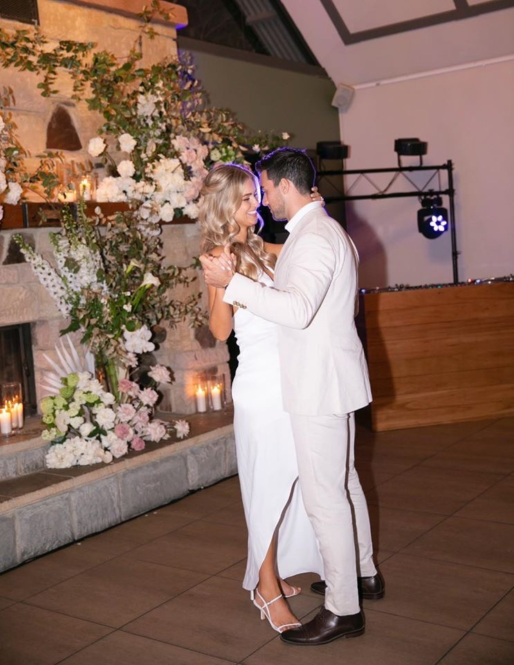 Renae Ayris and Andrew Papadopoulos First Dance